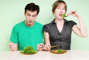 Kurang Minum Air dan Makan Serat Bisa Buat Mood Anda Memburuk Lho!